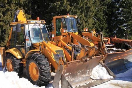 dlaczego zimą kradną maszyny budowlane