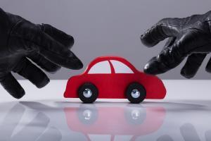 jak się zachować kiedy ukradną Ci samochód