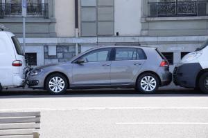 sprzedaż i kradzież używanych samochodów