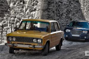 Stary i nowy samochód